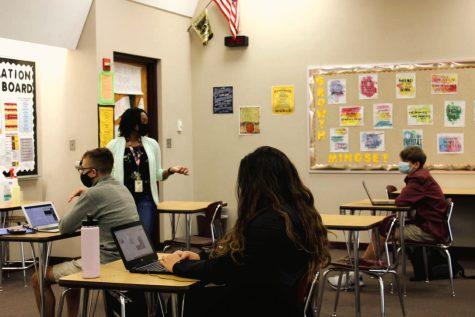 CHS English teacher Ms. Riley teaches her L-Z hybrid learners.