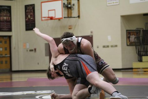 Chesterton Senior and defending state champion Evan Bates kept his undefeated season alive, winning another sectional championship last Saturday.